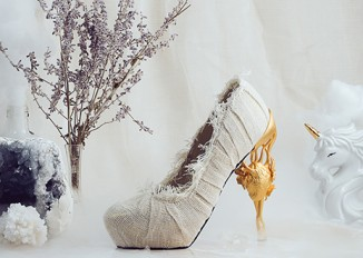 Rebellious, enchanting and utterly fascinating shoes by Anastasia Radevich
