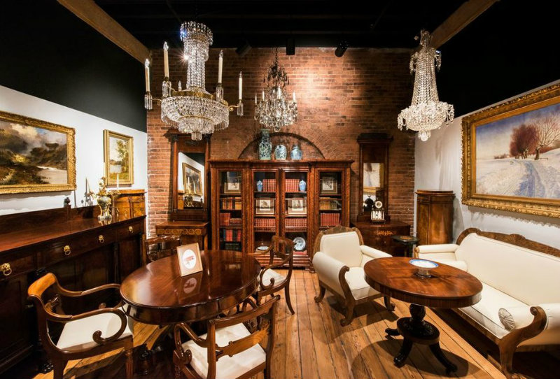 You must visit 1stdibs' gallery in the heart of New York
